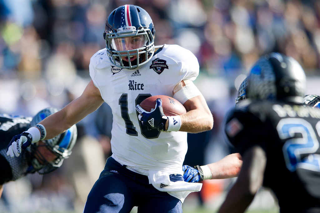 . Taylor McHargue #16 of the Rice Owls breaks free against the Air Force Falcons during the Bell Helicopter Armed Forces Bowl on December 29, 2012 at Amon G. Carter Stadium in Fort Worth, Texas.  (Photo by Cooper Neill/Getty Images)