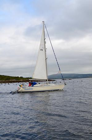 2012-07-26 Tramontana departs Glengarriff