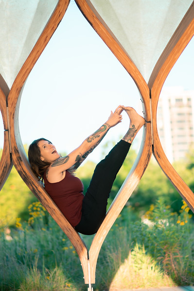 Online Yoga - Lincoln Park Shoot-426.JPG