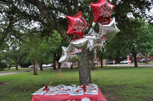 Memorial Drive Elementary 5th Grade Parade 2020