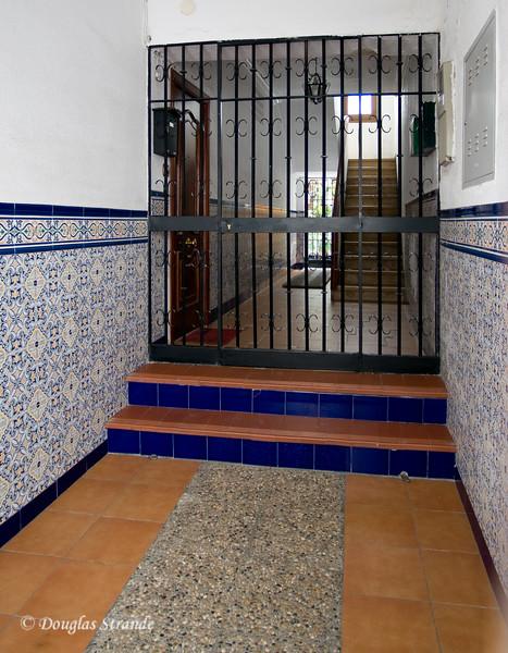 Thur 3/10 in Cordoba: Residence entrance