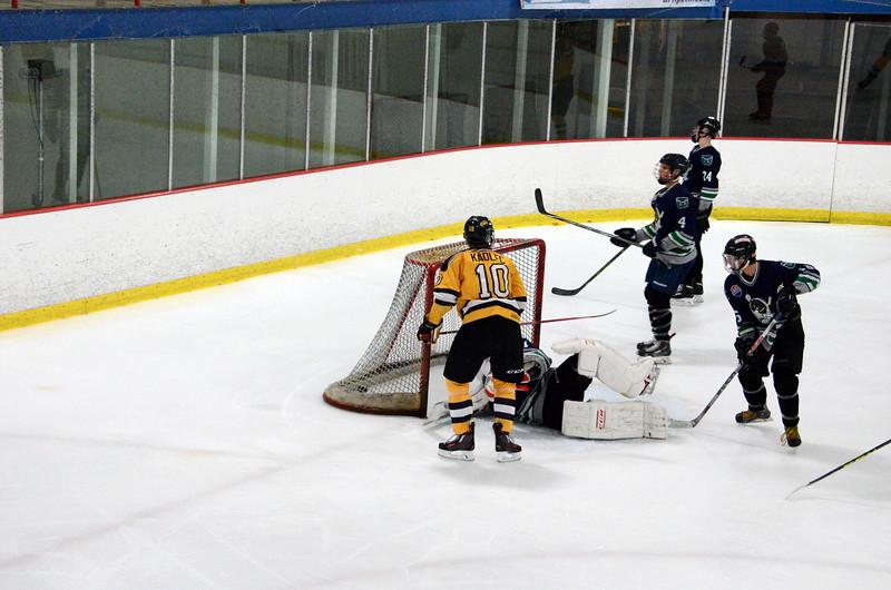 150907 Jr. Bruins vs. Whalers-025.JPG