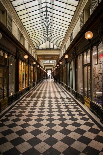 Alley way in Central Paris