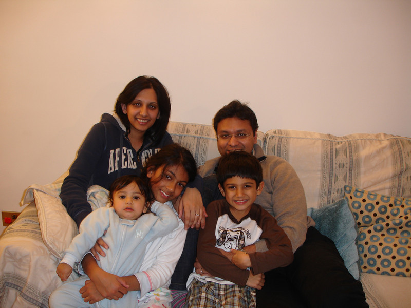 swati and kids in London 2008 128.JPG