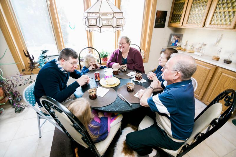 Modzelewski-Downriver-Family-Lifestyle-Session-0049.jpg