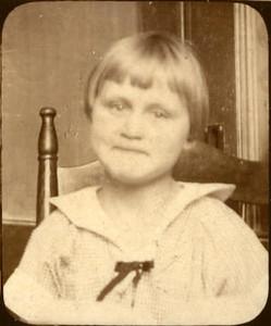 1924abt Velma 2nd Grade2.jpg