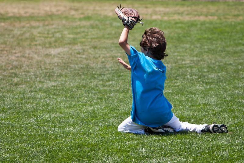 110628_CBC_BaseballCamp_4273.jpg