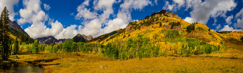 Maroon Bells - View from Maroon Creek Rd.
