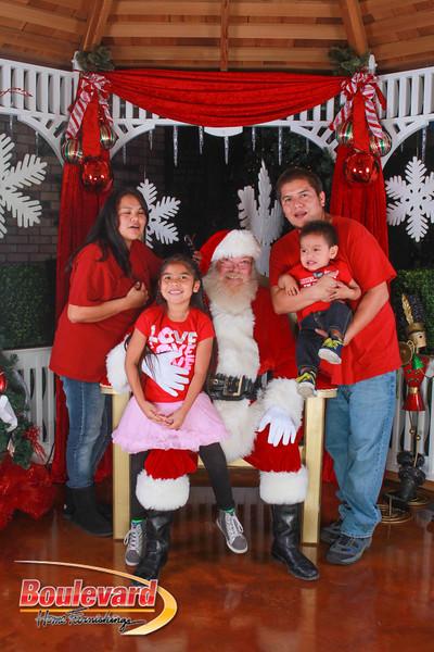 Santa 12-10-16-101.jpg