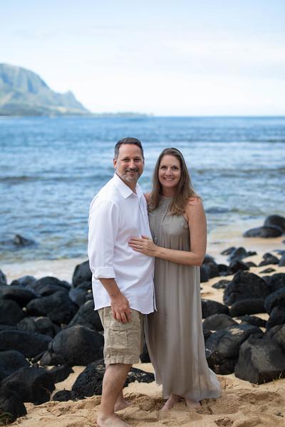 suprise engagement family photos-8.jpg