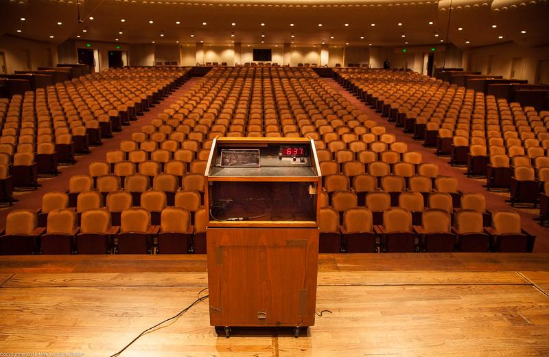 San Francisco Symphony: The Stage