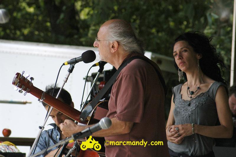 Phila Folk Fest- Sat 8-27 065 Bethany & Rufus & Yarrow.JPG