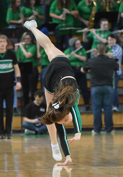 cheerleaders3641.jpg