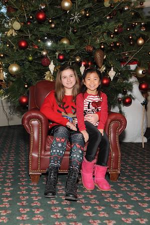 2014-11-29 Woodloch Santa ClubHouse