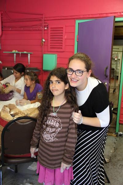 kars4kids_thezone_camp_girlsDivsion_activities_baking (7).JPG