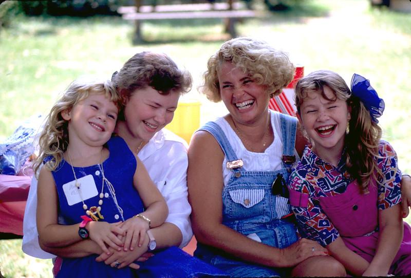 Beth Mills & daughters