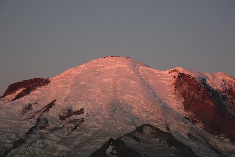 Rainier Sunrise 04.jpg