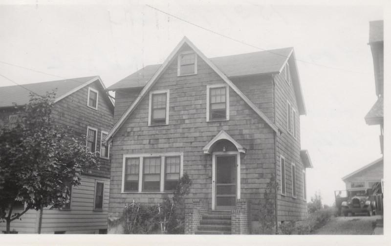1531 ROSE TERR 1930.jpg