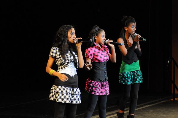 Comminities In Schools Benifit With EriAm Sisters