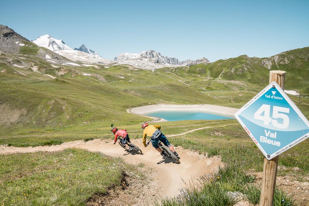 Descenso en bici de montaña en Val d'Isère