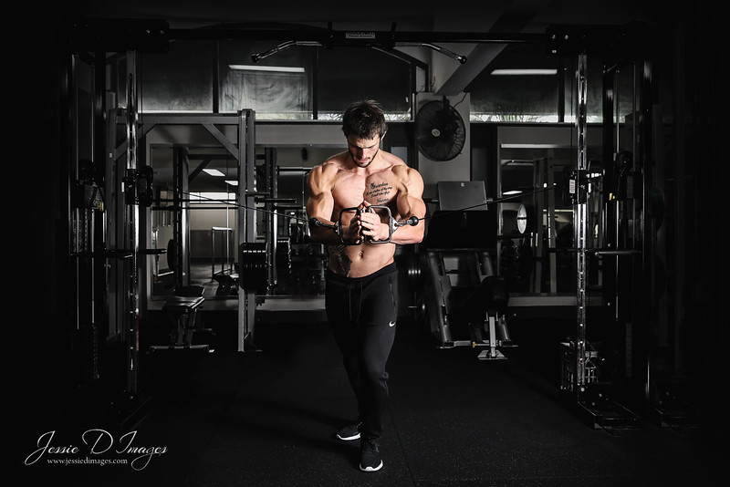 Fitness session - gym session - balance gym - fitness photography - weights 2.jpg