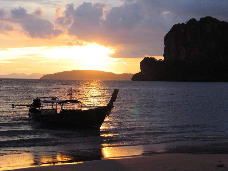 Railay sunset.jpg