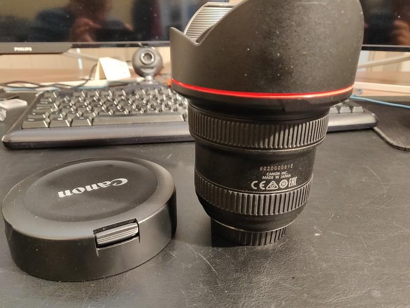 Canon EF 11-24mm 4.0 L - Serial 5020000615 004.jpg
