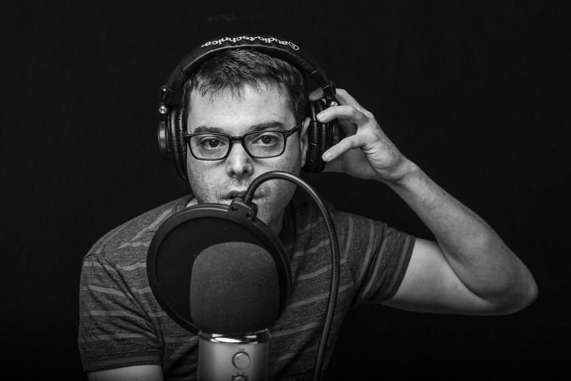 2018-08-14-StudioHeadshot- Jamie-027-Edit.jpg