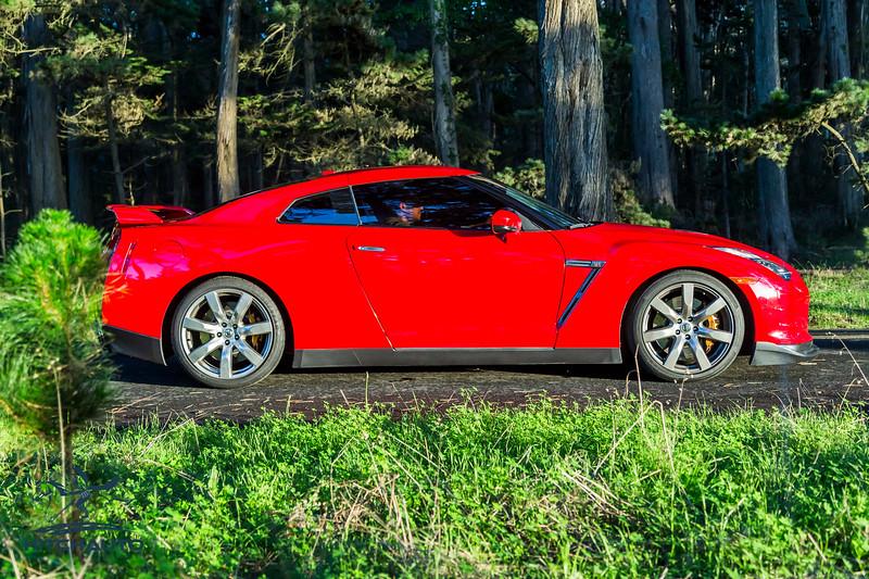 NissanGTR_Red_XXXXXX-2452.jpg