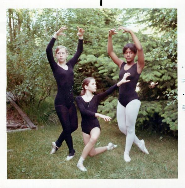 Dance_2113_a.jpg