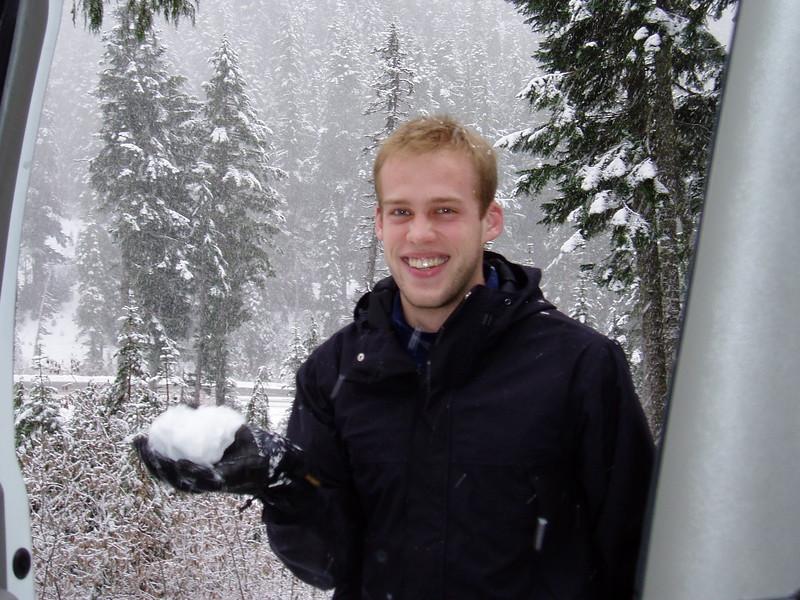 Snow!  Yippee!.JPG