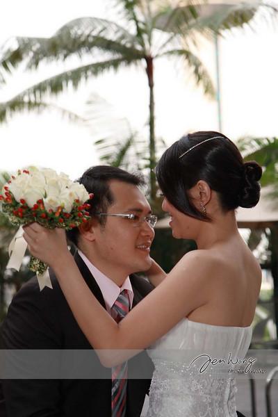 Siang Loong & Siew Leng Wedding_2009-09-25_0561.jpg