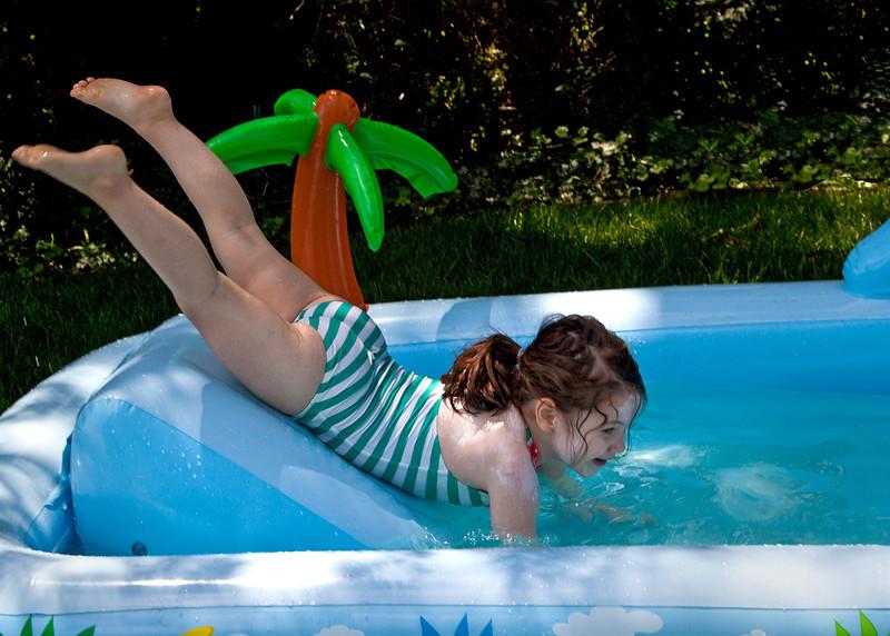 CassSwims03.jpg