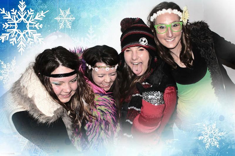 Group4girlsGreenGlasses.jpg