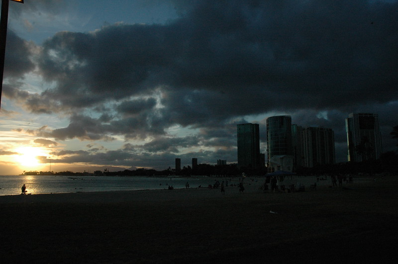 Hawaii - Ala Moana Beach Sunset-14.JPG