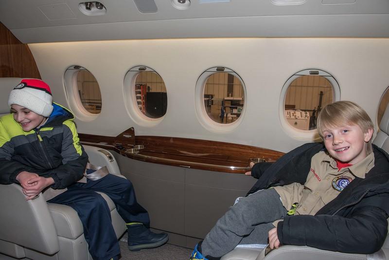 Cub-Scouts-airplane-2-7707.jpg