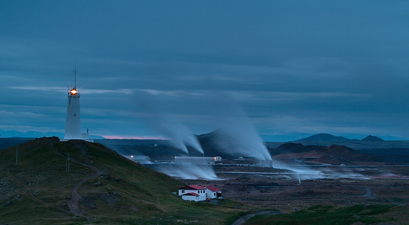 Iceland-Light-House.jpg