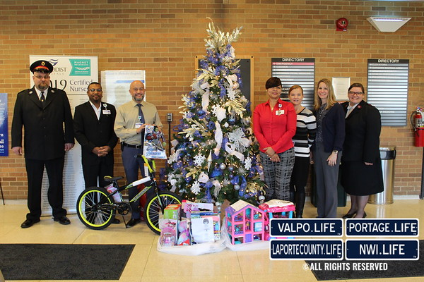 Methodist Hospitals' Employee Holiday Meals and Salvation Angel Tree Pick Up 2019