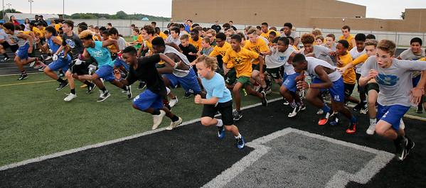 2016 Alumni Spring Football Clinic