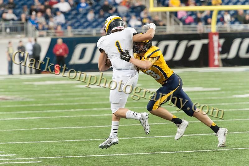 2014 Clarkston Varsity Football vs. Saline 530.jpg