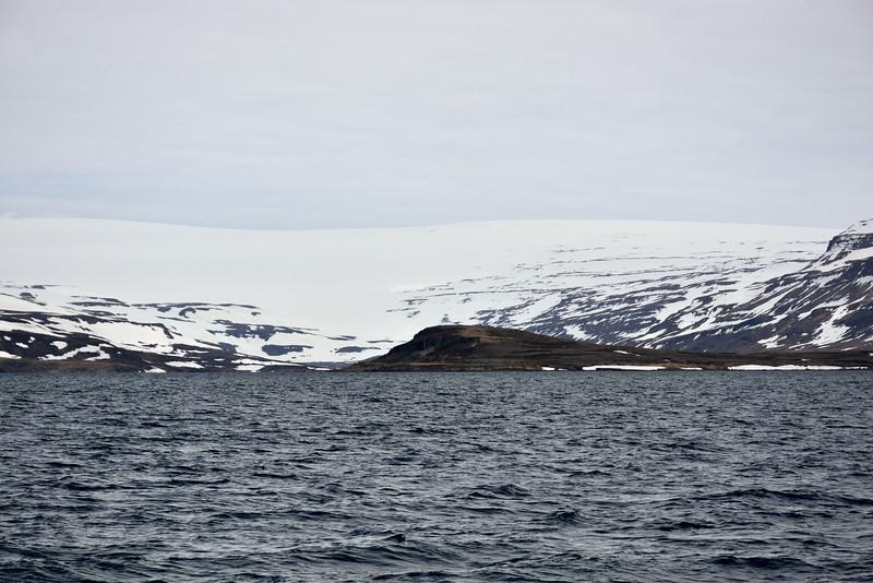 Höfði, Drangajökull í bakgrunni