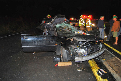 WEST MAHANOY TOWNSHIP ROUTE 924 VEHICLE ACCIDENT  11-21-2011 PICTURES BY FRANK ANDRUSCAVAGE