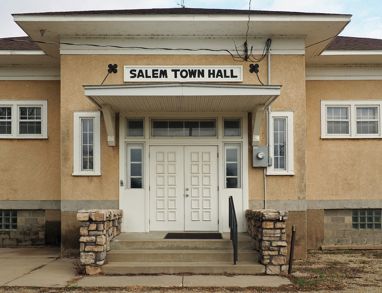 Entrance to Salem Town Hall