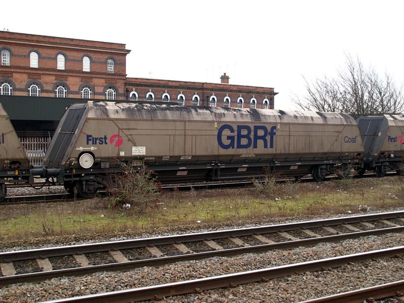 HYA 371039 seen at Burton on Trent     12/02/09