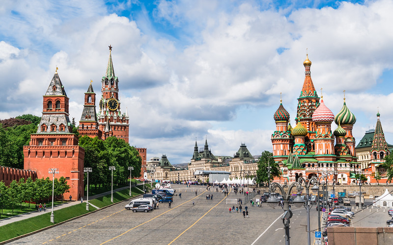 bright-red-square-moscow-russia.jpg