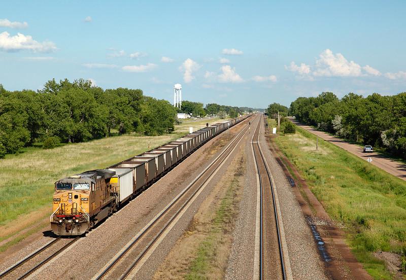 Union Pacific 6740 (GE AC4400CW) - Maxwell, NE