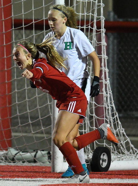 Defense dominates in Wadsworth win over Highland