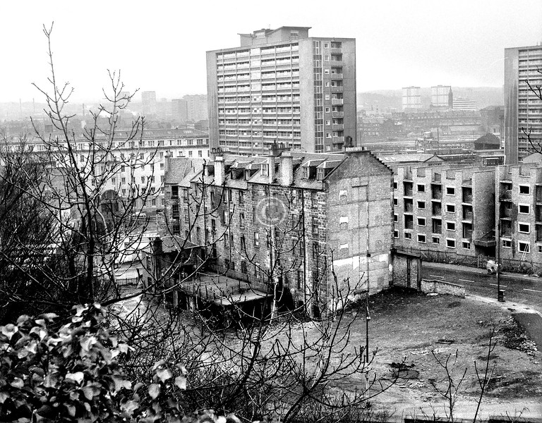 Lower part of John Knox St from the Necropolis.    March 1973