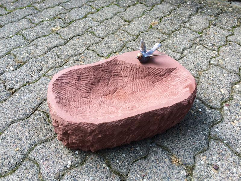Vogeltränke Sandstein