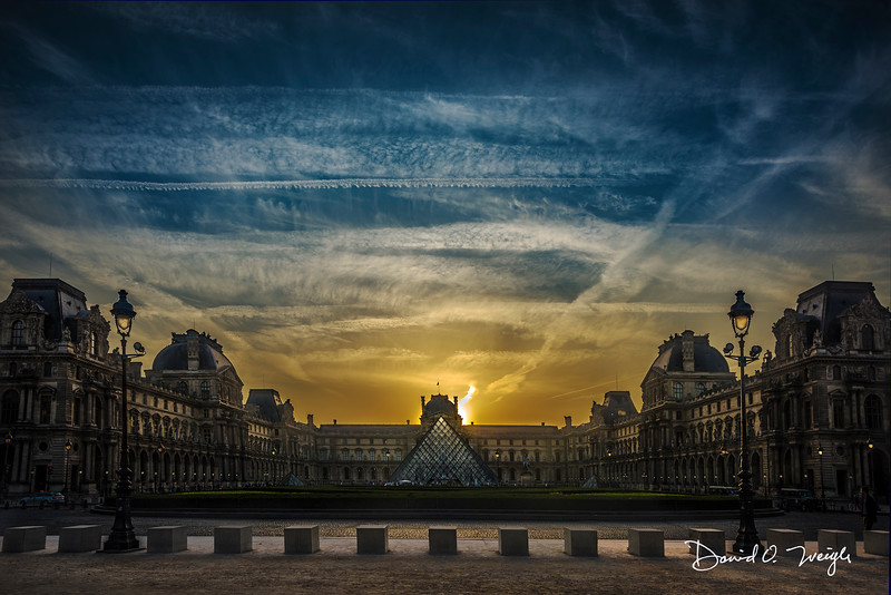Louvre Sunrise Pano CC.jpg